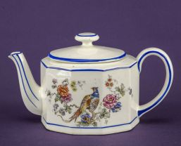phoeasant teapot
